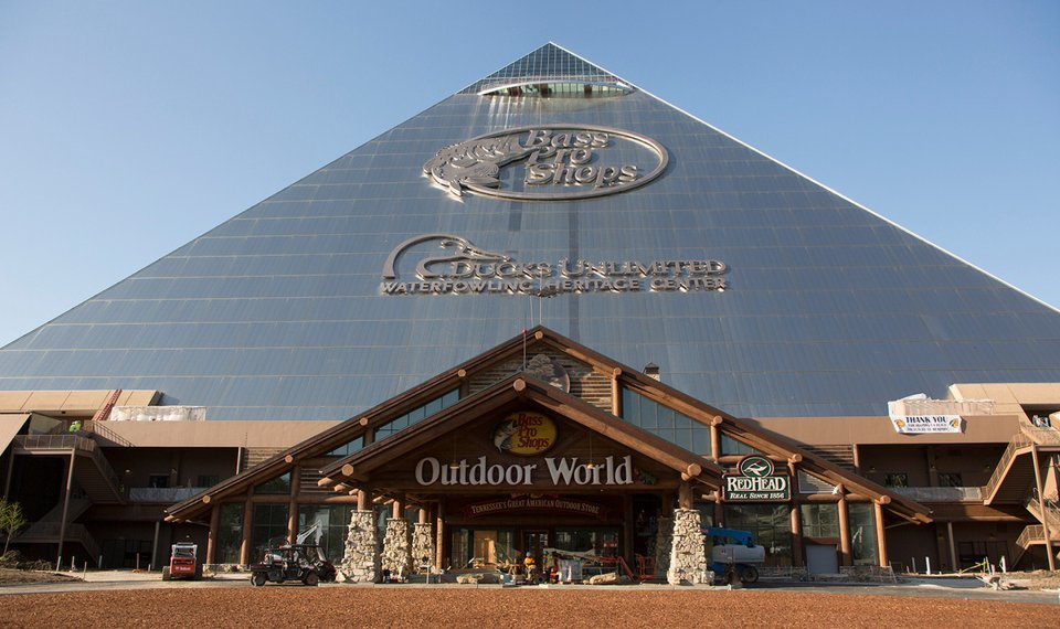 jim-west-memphis-tn-pyramid-exterior